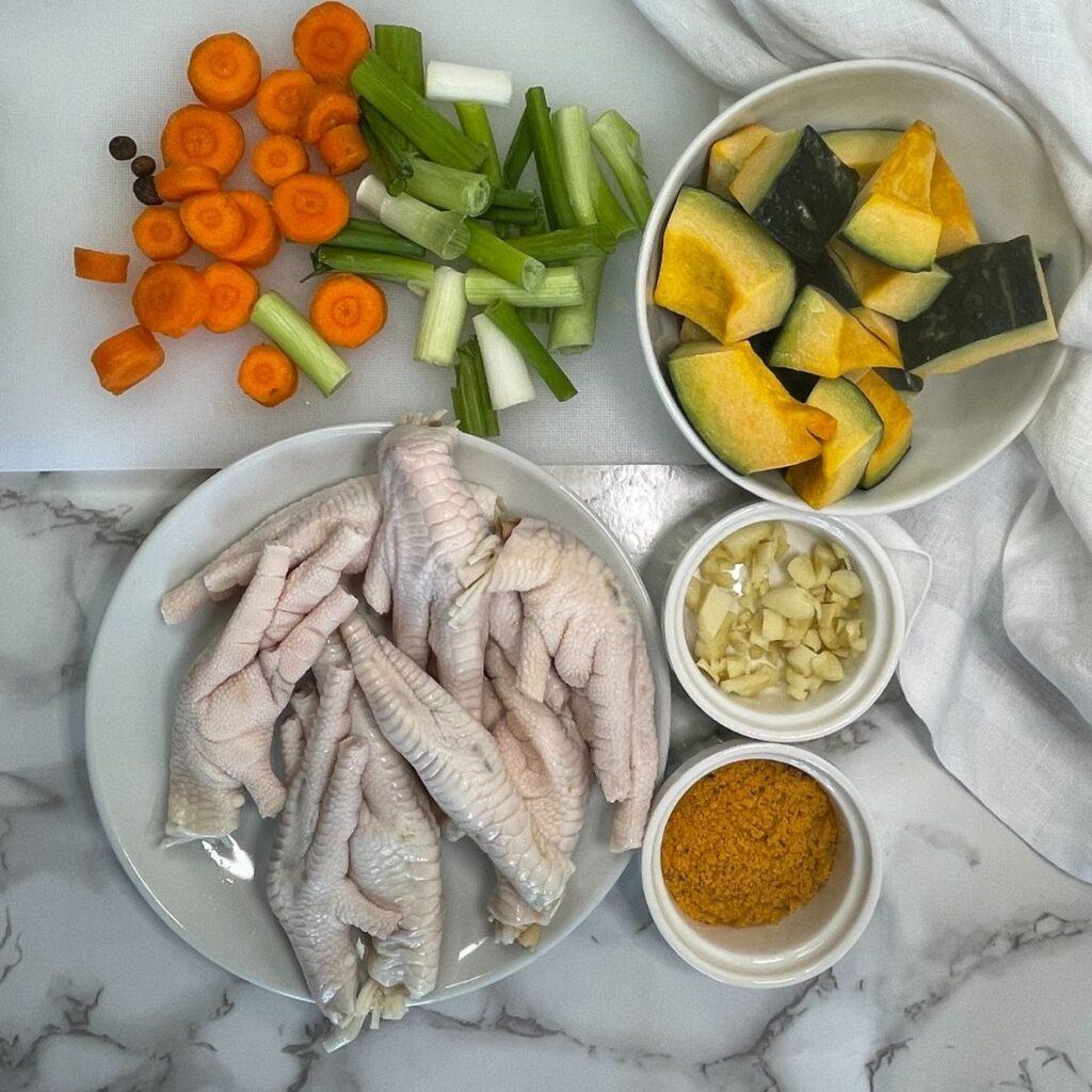 chicken foot soup ingredients